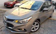 En venta un Chevrolet Cruze 2018 Automático en excelente condición-0