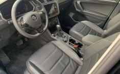 Vendo un Volkswagen Tiguan impecable-5
