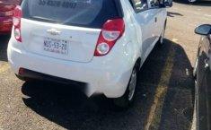Coche impecable Chevrolet Spark con precio asequible-0