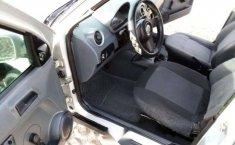 Un Volkswagen Pointer 2006 impecable te está esperando-8