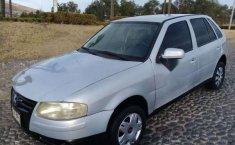 Un Volkswagen Pointer 2006 impecable te está esperando-5