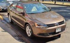 No te pierdas un excelente Volkswagen Jetta 2011 Manual en Coyoacán-2