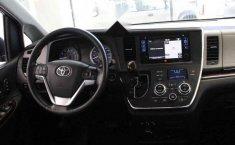 Vendo un Toyota Sienna en exelente estado-8