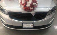 Se vende un Kia Sedona 2019 por cuestiones económicas-12