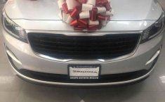 Se vende un Kia Sedona 2019 por cuestiones económicas-11