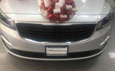 Se vende un Kia Sedona 2019 por cuestiones económicas-9