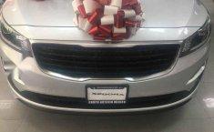 Se vende un Kia Sedona 2019 por cuestiones económicas-7