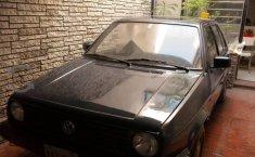 Se vende un Volkswagen Golf 1988 por cuestiones económicas-8