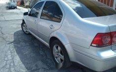 Quiero vender un Volkswagen Jetta en buena condicción-4