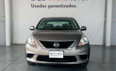 Nissan Versa Automático-1