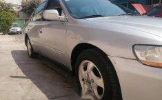 Quiero vender inmediatamente mi auto Honda Accord 1999-11