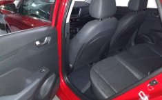 Hyundai Accent 2019 Hatchback Rojo   -13
