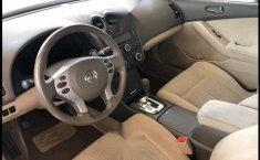 Nissan Altima 2012 automático 4 cilindros-4