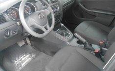 Volkswagen Jetta A6 2.0-13