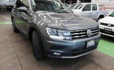 Volkswagen Tiguan Comfortline 5 asientos-15