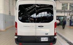 Ford Transit-13