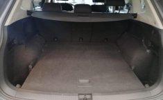 Volkswagen Tiguan Comfortline 5 asientos-14