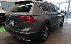 Volkswagen Tiguan Comfortline 5 asientos-13