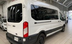 Ford Transit-11