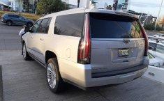 Cadillac Escalade-10