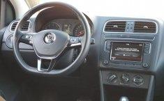 Volkswagen Polo-5