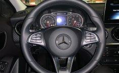 Mercedes-Benz Clase GLA 200 Cgi At-1