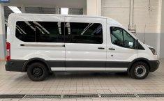 Ford Transit-3