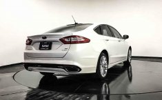 Ford Fusion-4