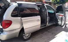 Camioneta exelente estado Chrysler Town & Country-4