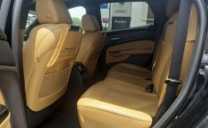 Cadillac SRX-4