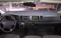 Toyota Hiace Panel-0