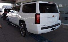 Chevrolet Suburban-0