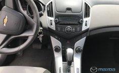 Chevrolet Cruze-12