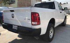 Dodge Ram 2500 Pick Up-7