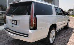 Cadillac Escalade-15