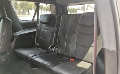 Cadillac Escalade-14