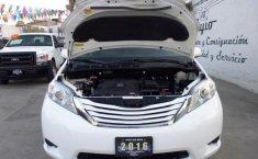 Toyota Sienna-20