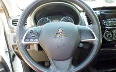 Mitsubishi L200 Pick Up-13