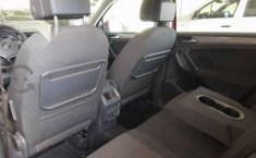 Volkswagen Tiguan 2018 5p confortline L4/1.4/T Aut-10