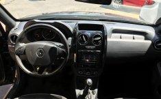 Renault Oroch-8