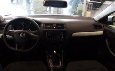 Volkswagen Jetta A6 Trendline-6