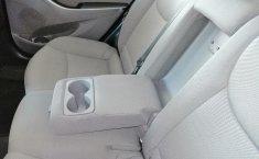 Hyundai Elantra-13