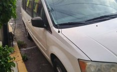 Chrysler Town & Country lx 2010-2
