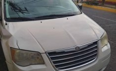 Chrysler Town & Country lx 2010-1
