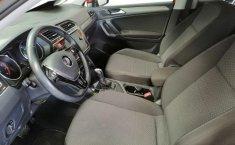 Volkswagen Tiguan Comfortline-3