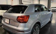 Audi Q2-4