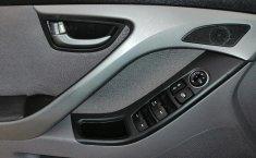 Hyundai Elantra-11