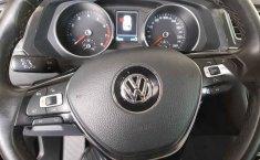 Volkswagen Tiguan 2018 5p confortline L4/1.4/T Aut-7