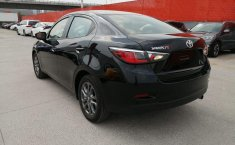 Toyota Yaris R-4