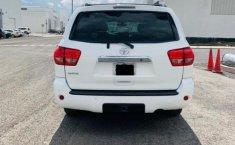 Toyota Sequoia-5